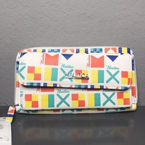 Nautica flag zipper wallet NWT
